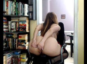Gigantic bum web cam Cougar is back
